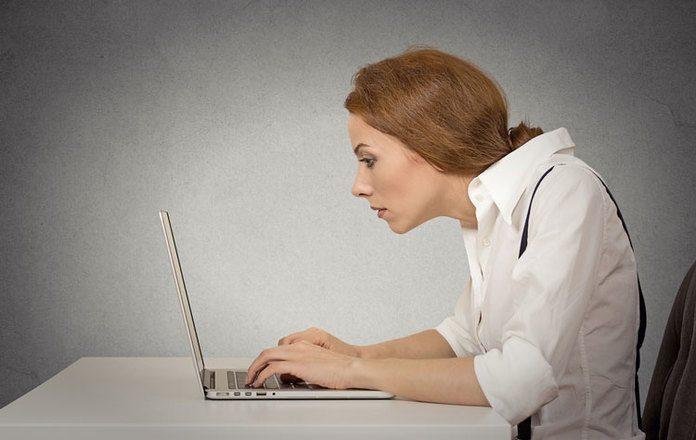 10 pautas de ergonom a en el trabajo que tu espalda for Ergonomia en el trabajo de oficina