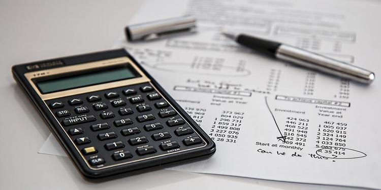 costos fijos variables y gastos fijos en un bar